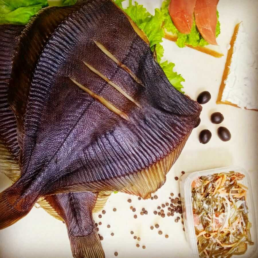 Камбала, приготовленная методом холодного копчения