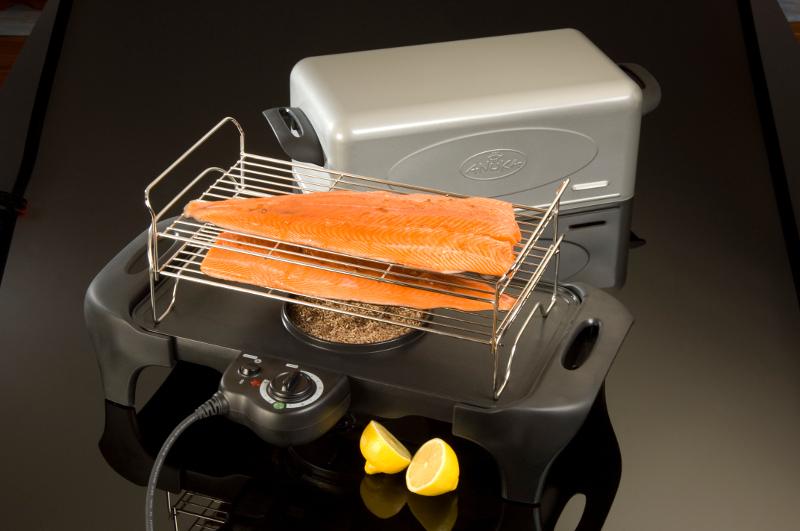 Как выглядит электрокоптильня для рыбы
