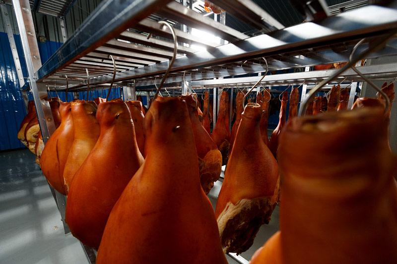 хранение свиного окорока
