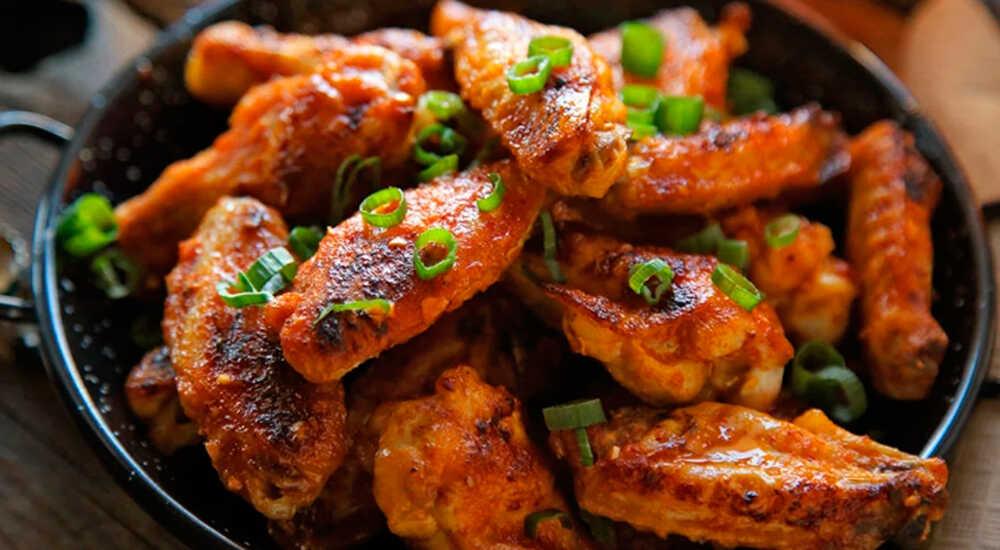 Куриные крылышки на сковороде-гриль
