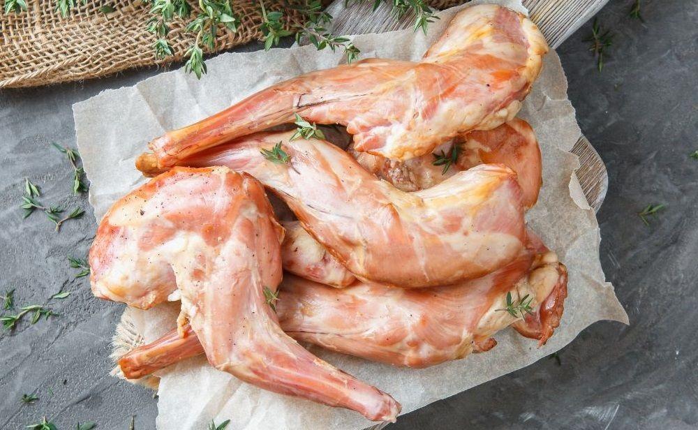 Ножки зайца холодного копчения