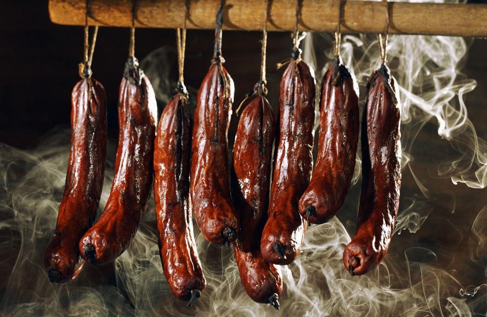 Холодное копчение колбасок