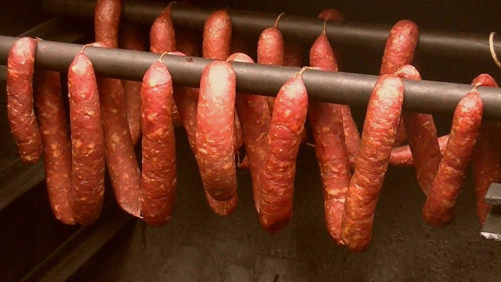Холодное копчение колбасы