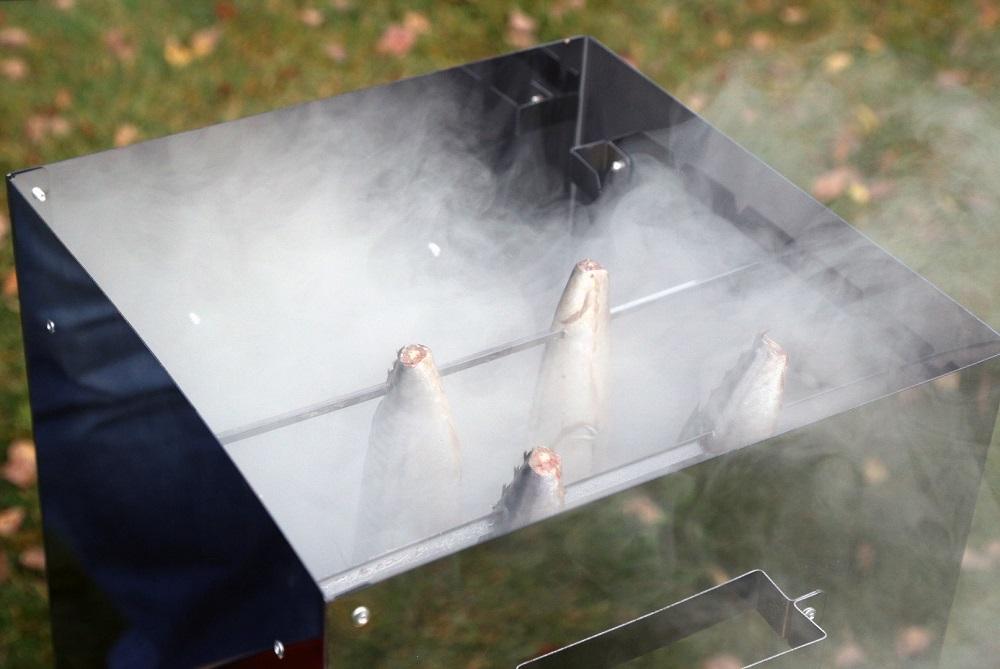 Коптильня для нерки с дымогенератором