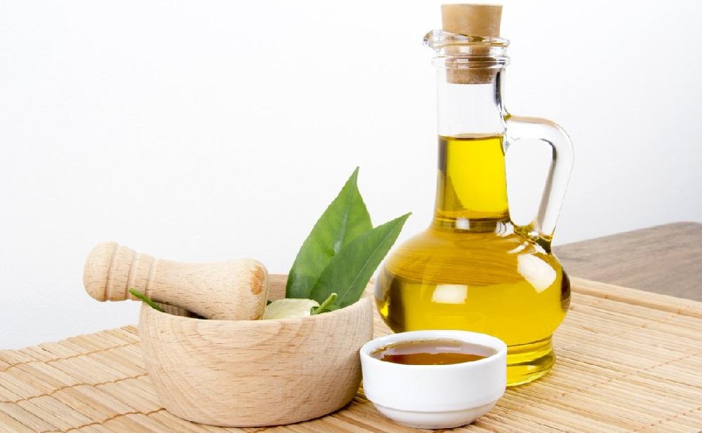 Оливковое масло, мёд и специи