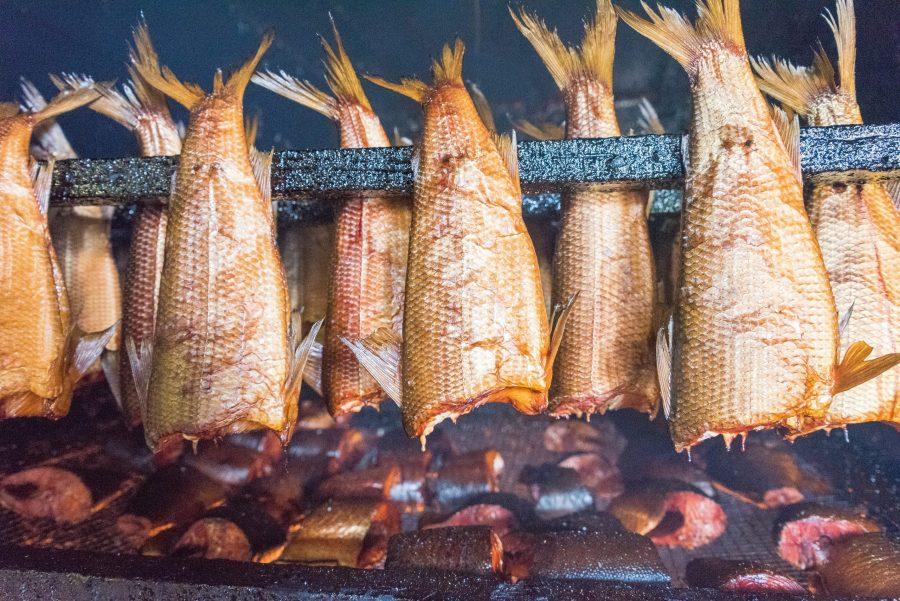 Рыба в холодной коптильне