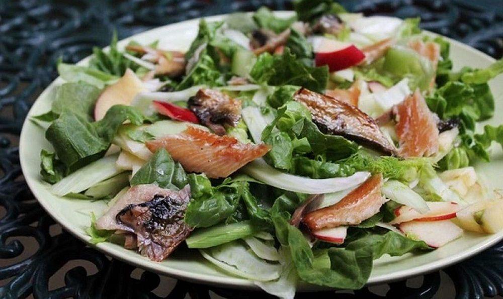 Салат с салакой