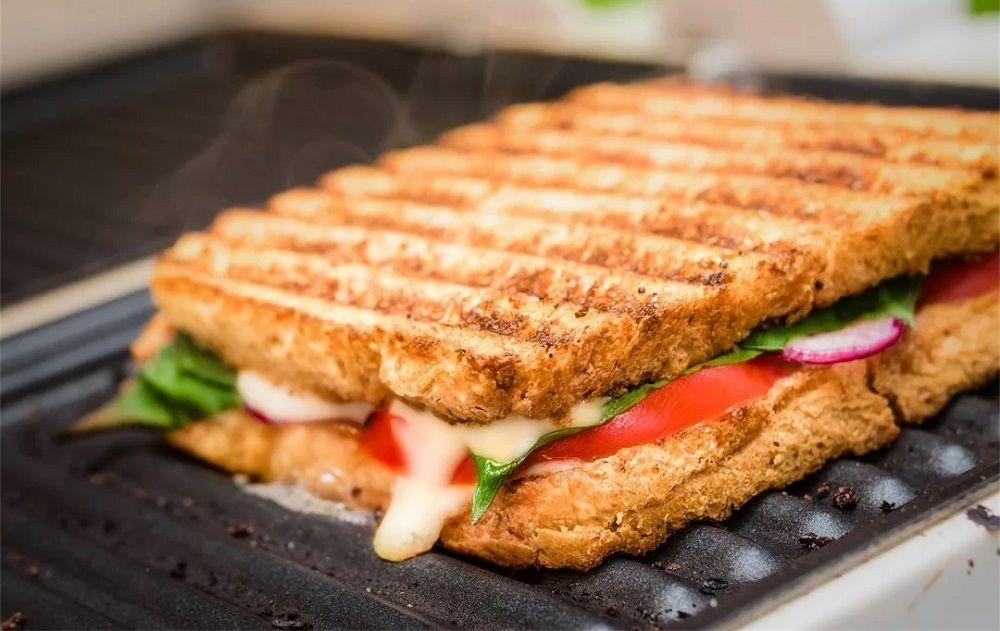 Сэндвич на электрическом гриле