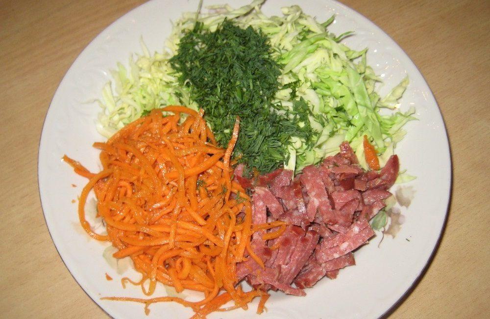 Ингредиенты салата из капусты и моркови
