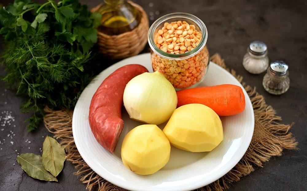 Состав горохового супа с колбасой