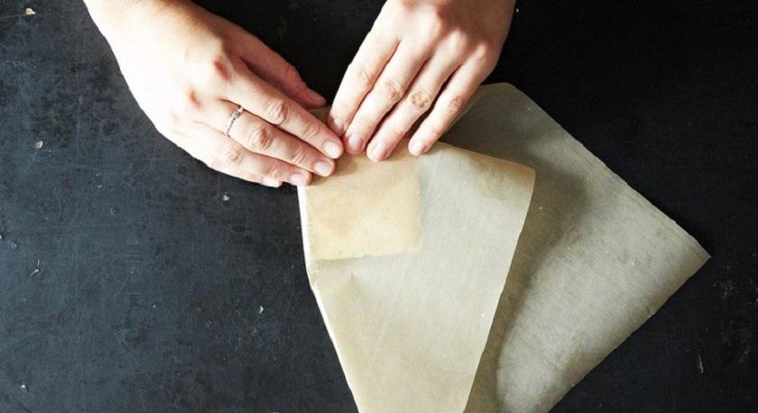 Сыр в бумаге