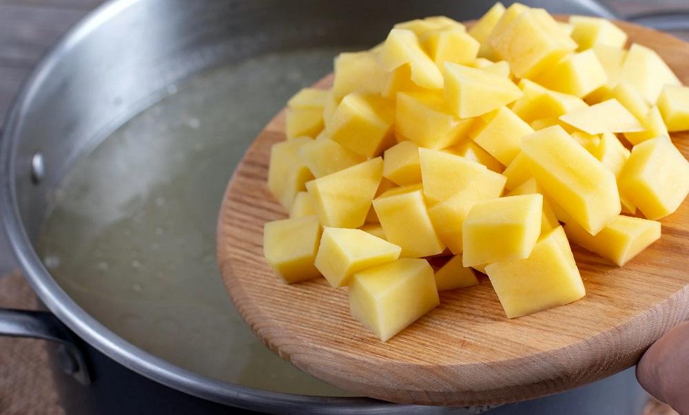 Картофель для супа с грудинкой
