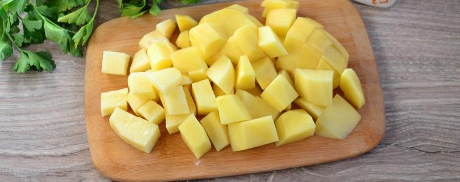 Картофель для сырного супа с окорочком