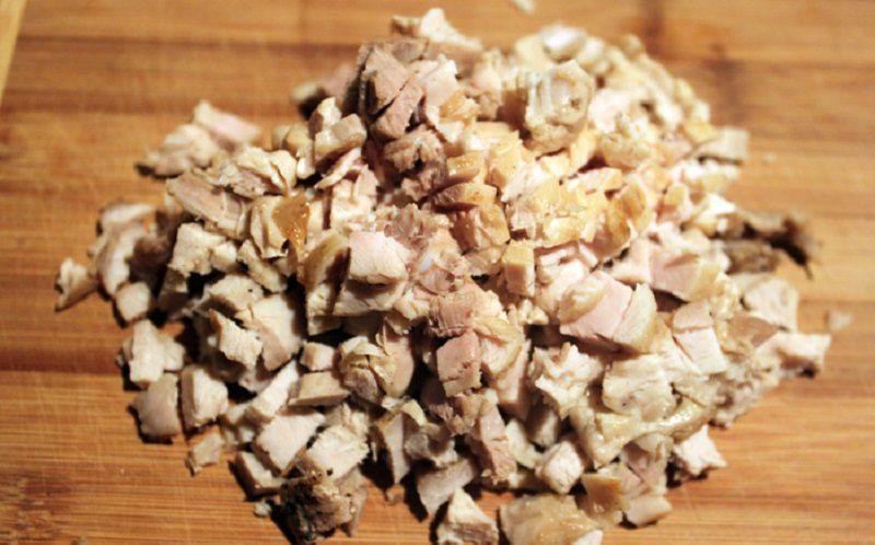 Копчёное куриное филе для салата