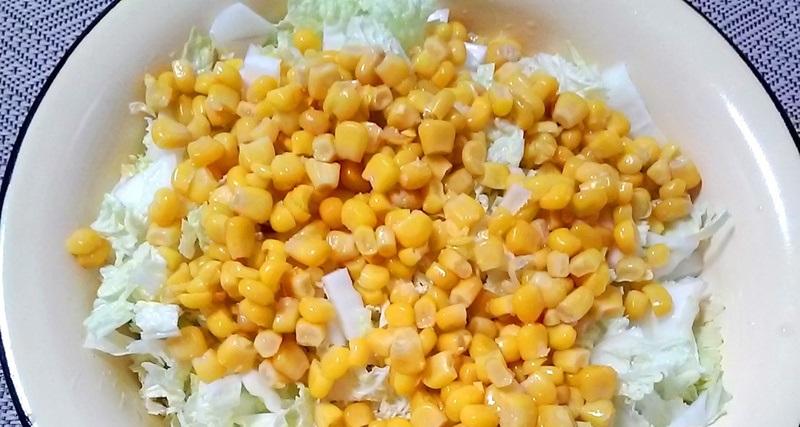 Кукуруза и пекинская капуста