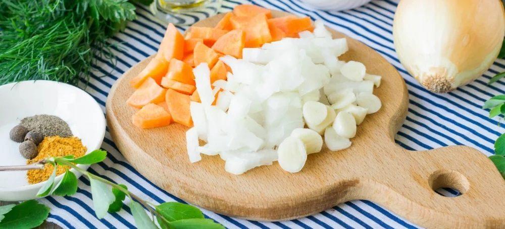 Лук и морковь для картошки