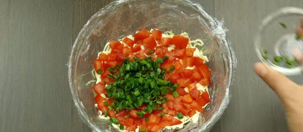 Луковый слой салата «Минутка»