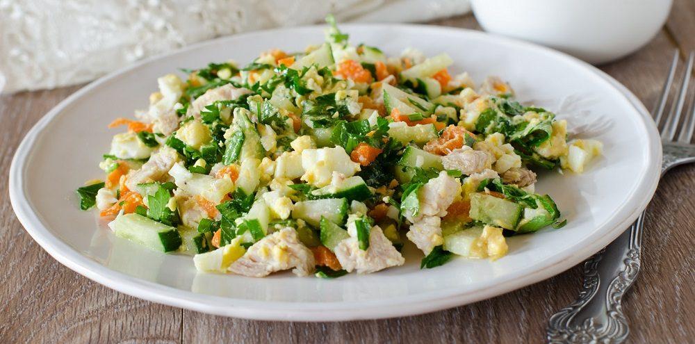 Салат из копчёной курицы и огурца