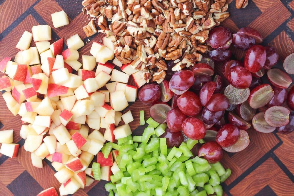 Состав домашнего виноградного салата