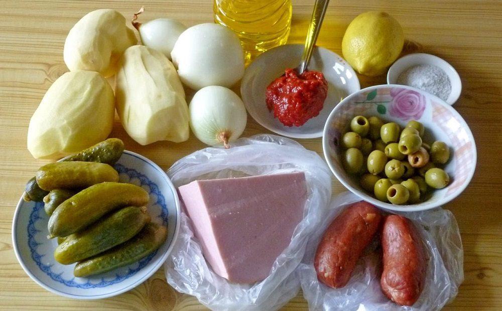 Состав солянки с варёной и копчёной колбасой