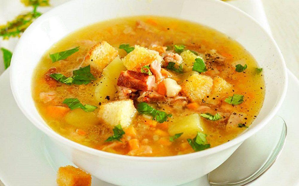 Суп из гороха с рёбрами и мясом