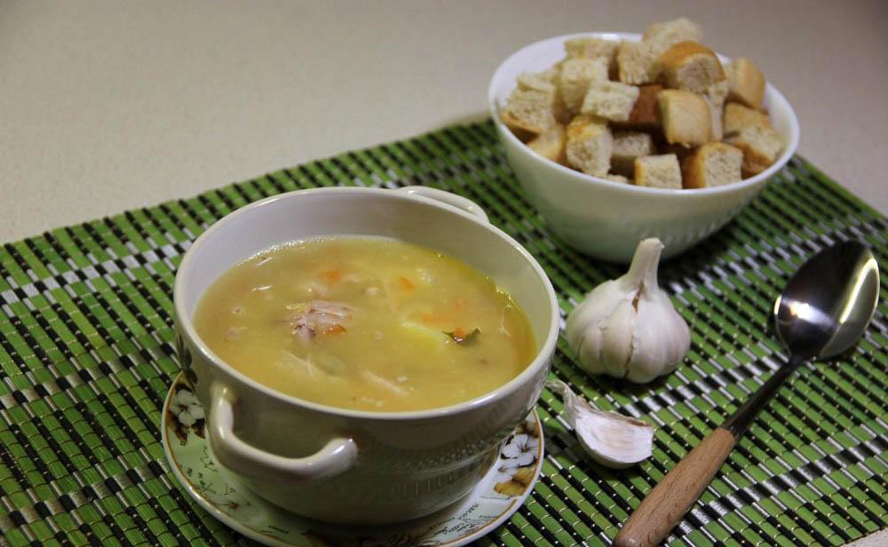 Суп с курицей и рёбрышками