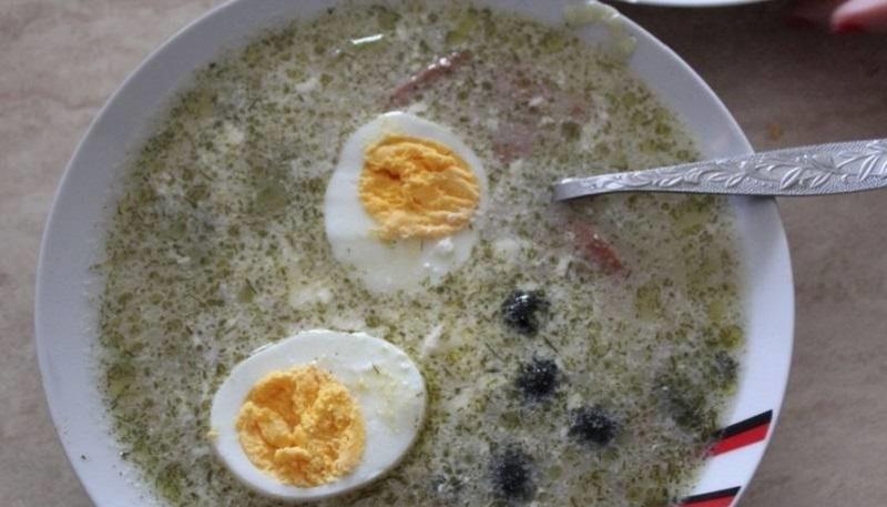 Суп с яйцом и колбасой