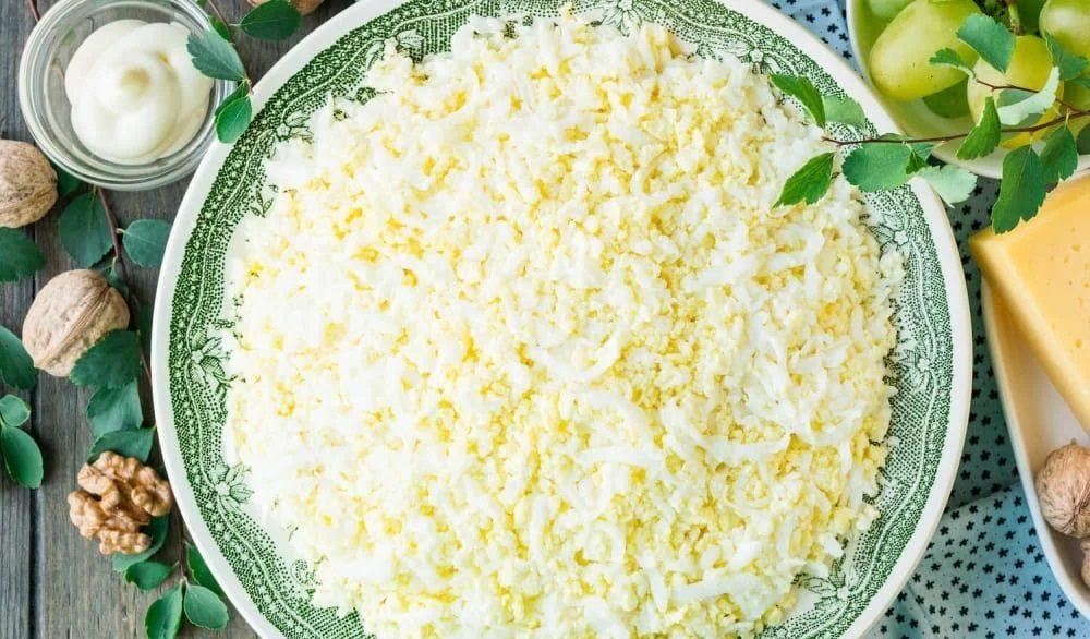 Яичный слой салата «Тиффани»