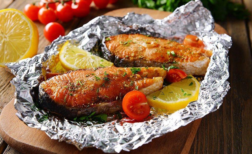 Запечённая рыба в фольге