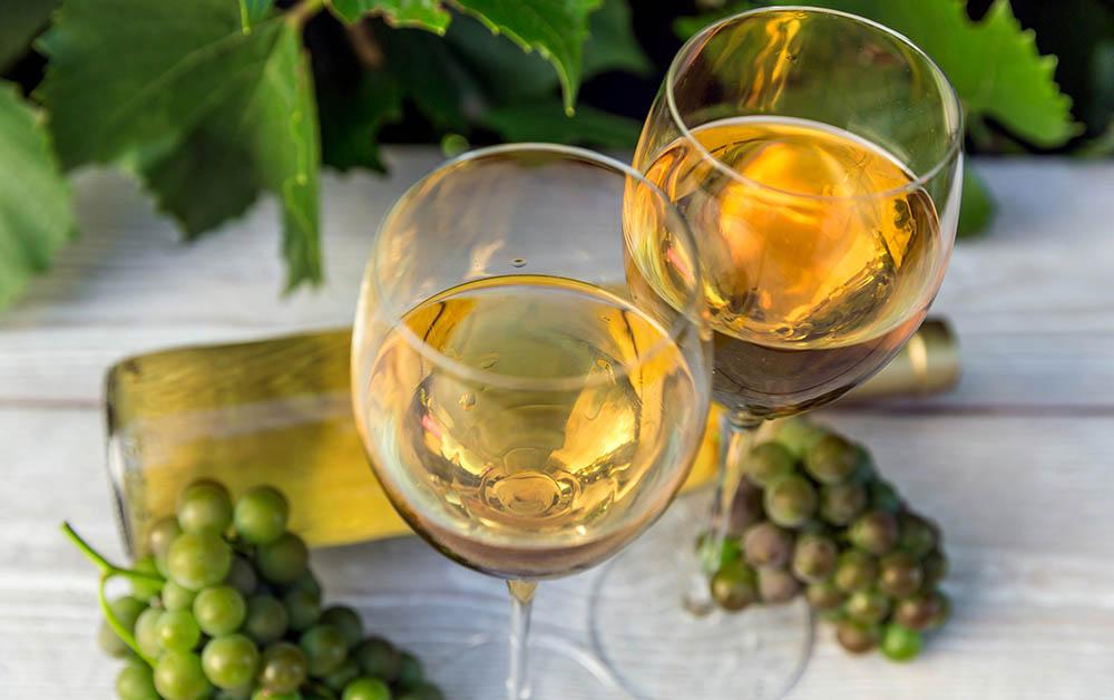 Белое вино для шашлыка