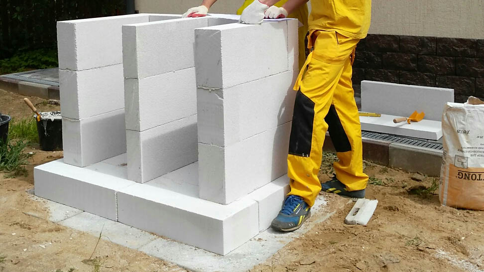 Дровница мангала из бетона
