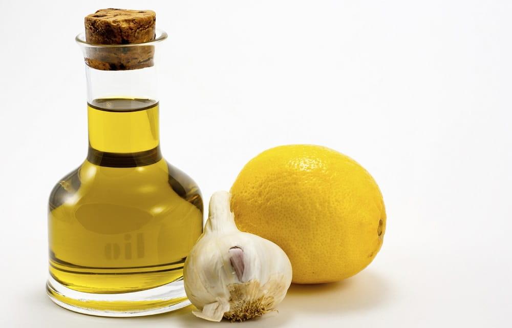 Лимон, масло, чеснок