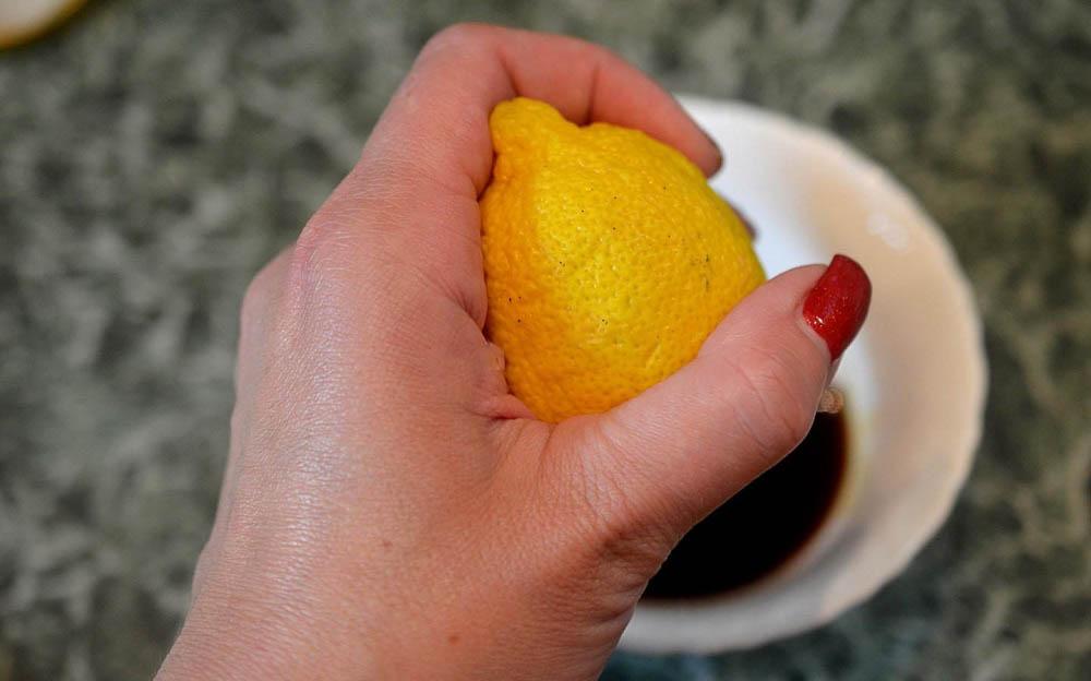 Лимон в соевый соус