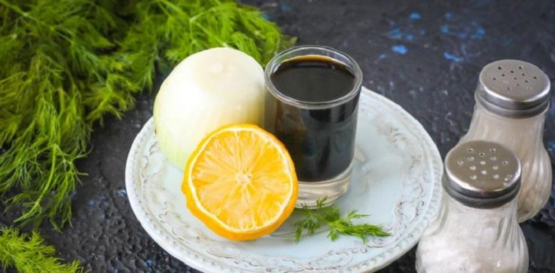 Лук, лимон, соевый соус