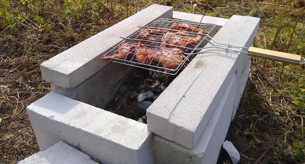Простой мангал из бетона