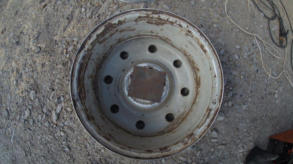 Закрытое центральное отверстие на диске