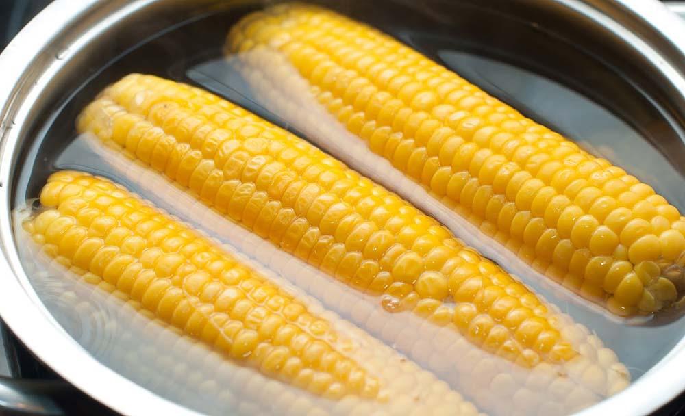 Кукуруза в воде