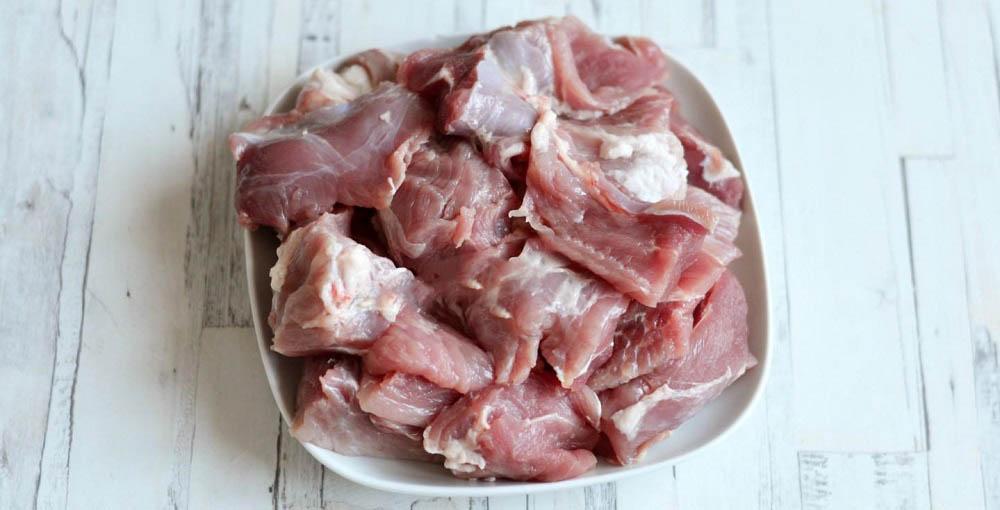 Свинина кусочками для маринада с киви