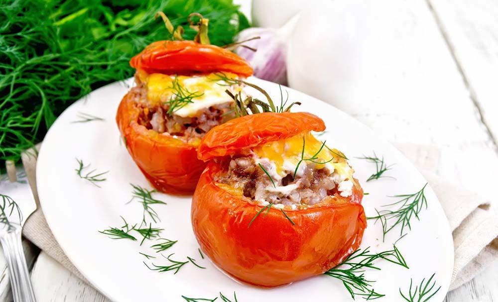 Фаршированные помидоры с мангала