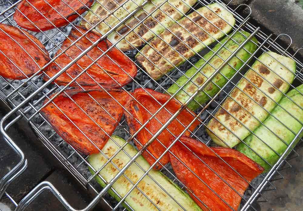 Перец на решётке с кабачками