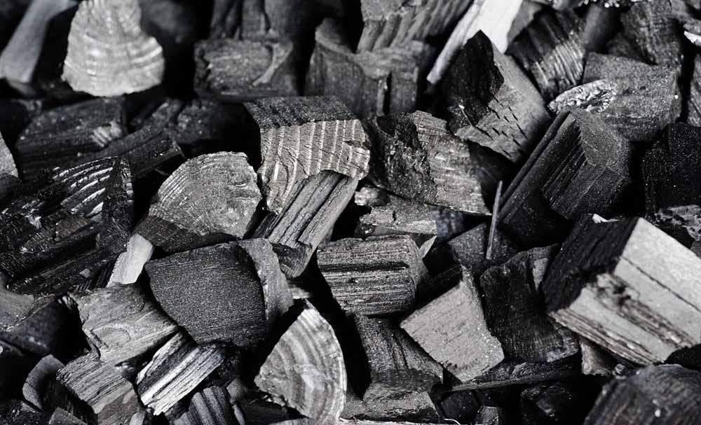 Уголь для шашлыка из свинины